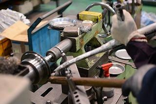 metal-spinning-645620_640